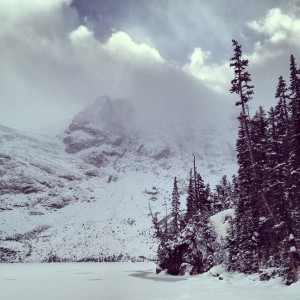 Joffre Lakes hiking